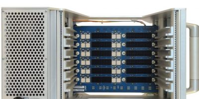OpenVPX chassis combines optical and RF connectors
