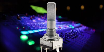 Rotary encoder has a high detent force for tactile feedback